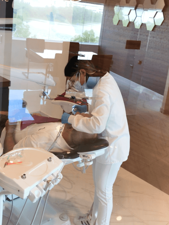 dental-clinic-cancun-do-i-need-dental-crowns-cancun